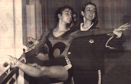 María, with Cid Tostado, during a training session.